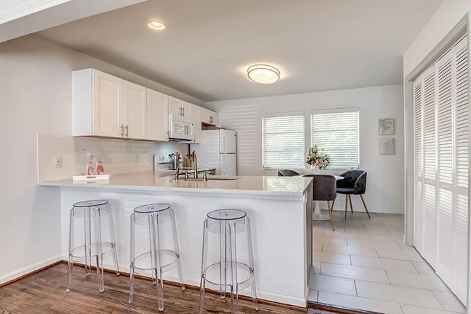 V Apartments kitchen